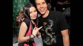 Miranda Cosgrove e Drake Bell - Musica da Abertura de iCarly - Leave It All To Me.mp4