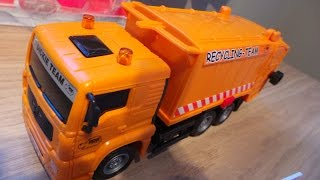 DICKIE TOYS CITY CLEANER SET  RECYCLING GARBAGE TRUCK UNBOXING