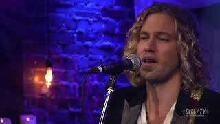 Casey James performs Different Kind of Love on Ditty TV