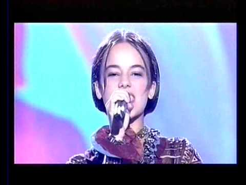 Alizee   Moi    Lolita 2000 09 30 Dansez Maintenant
