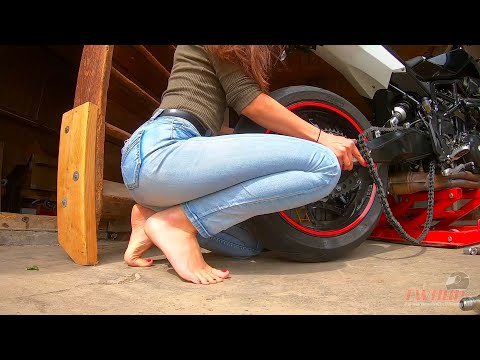 Changing brake disk and chain set Husqvarna Nuda 900