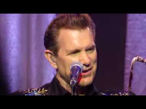 Chris Isaak - Pretty Woman (Live - Mayo Arts Center Morristown NJ August 2017)