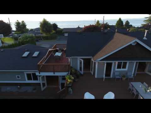240 Elizabeth Ave, Qualicum Beach, Bc, Home For Sale