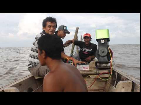 Tenaga Surya Energi Terbarukan PLTS Marine Boat Solar Power Plant System Mesin Kapal Perahu Matahari