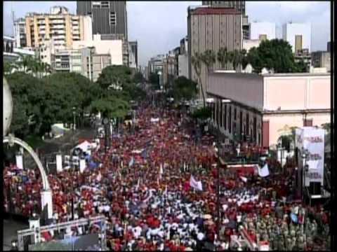 Discurso completo de Nicolás Maduro este 7 de octubre de 2013 frente al Balcón del Pueblo