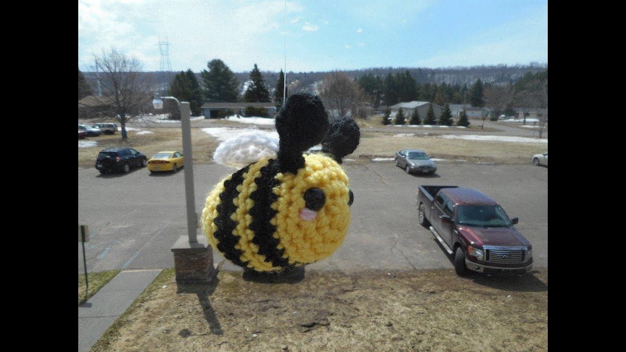 Amigurumi Bumblebee - free crochet pattern & video tutorial ... | 720x1280