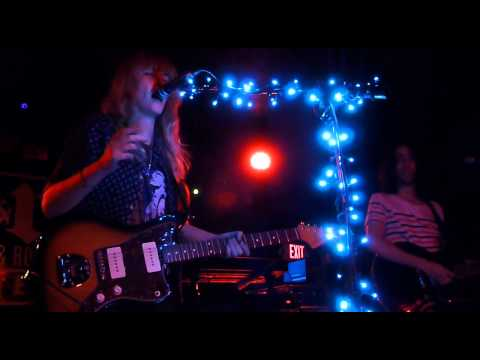 Ladyhawke - Better Than Sunday - live at the Rock and Rol Hotel, 10.09.12