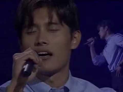 Lee Byunghun singing Tears live