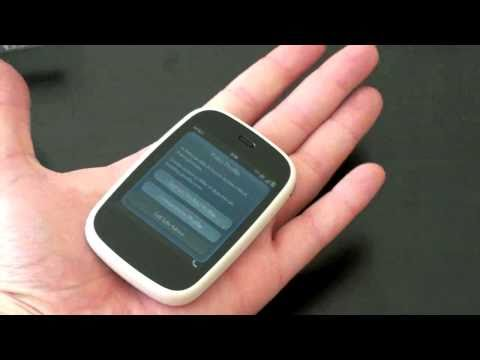 HP Veer Unboxing: Smallest Smartphone Ever?
