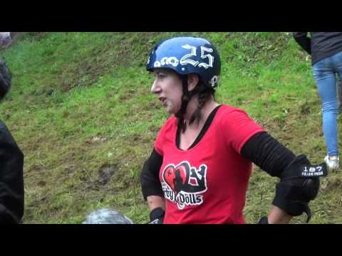 Gloucestershire Cheese Rolling 2017 at Cooper's Hill, Brockworth