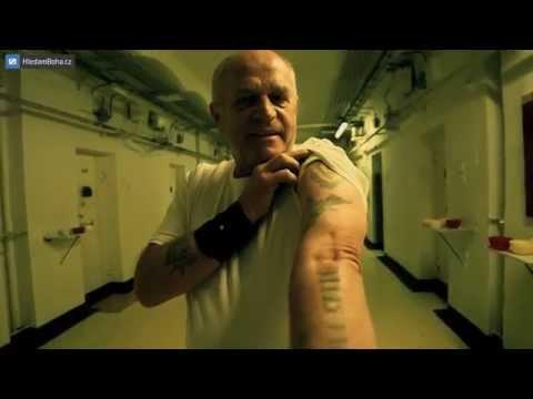 Alkoholismus, krádeže, vězení a cesta ven (Ivanův příběh)