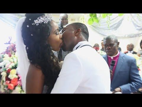 THE LONGEST KISS EVER   KWAME X RACHEL WEDDING