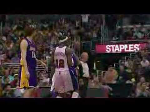KOBE BLOCKS TIM THOMAS [KB24]