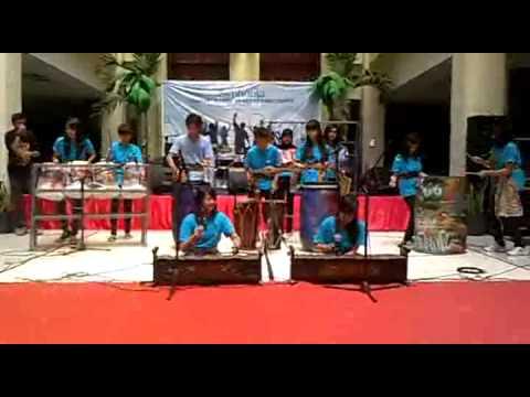 Krems Percussion @ Bandung Trade Mall.mp4