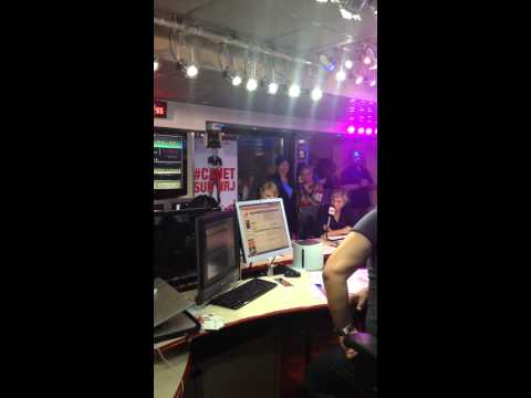 Taylor Swift at Cauet NRJ (Laura)