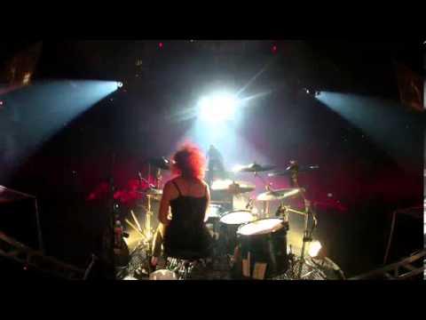 Skillet – Monster (Awake & Live – Rise Deluxe DVD) (WinterJam Live 2012)