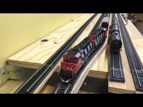 Other Layouts: CN 533 on William Brillinger's Layout 2016/02/28
