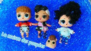 Barbie et trois petit poupées L.O.L. Vidéos en français pour les filles.