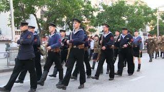Парад униформистов в Севастополе 2015(Ежегодный парад униформистов, посвященный ХХVI музейному празднику «День Исторического бульвара» и XХII..., 2015-06-06T22:20:56.000Z)