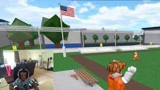 playing on neo's account on roblox.