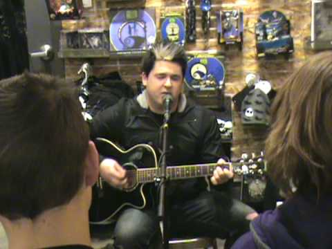 this ocean drive unplugged wicker hollow at hot topic freehold