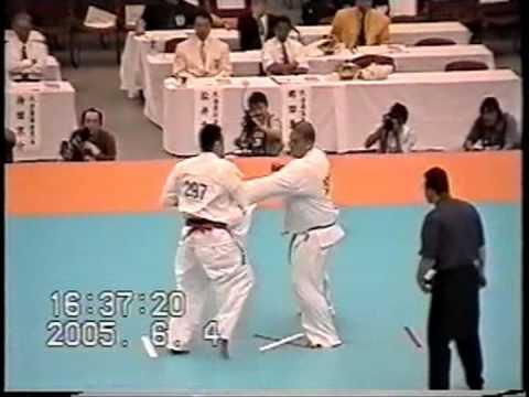 極真会館 2005年全日本ウェイト制大会 樋口恵士 3回戦 (Kyokushin 2005 All Japan Weight Categoly) 滋賀空手