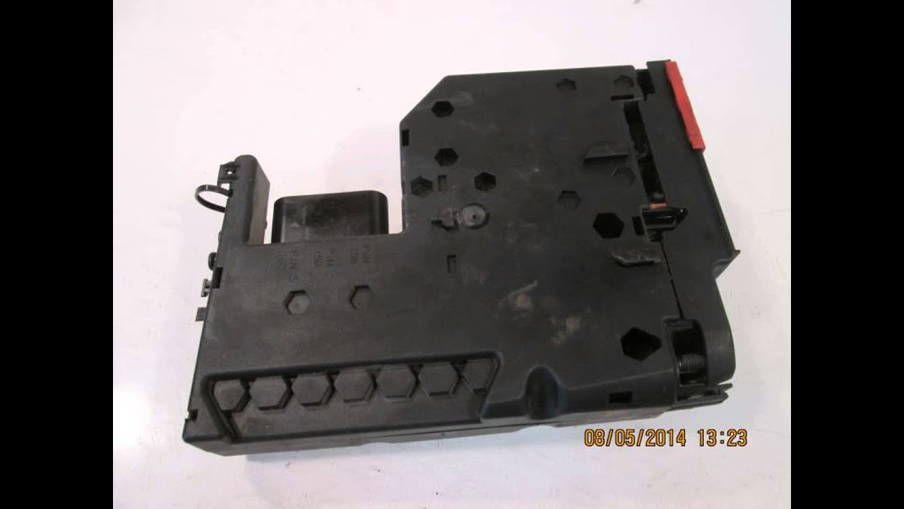 maxresdefault 2011 mercedes c300 pre fuse box 207 540 0640 mbiparts com used Mercedes C-Class Fuse Box Diagram at bayanpartner.co