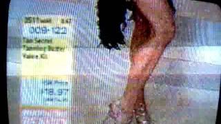 Toni Brattin- Sexy legs Thumbnail