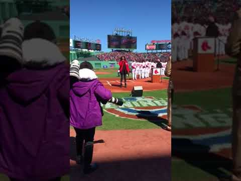 Ruth Pointer of The Pointer Sisters performing National Anthem 2018