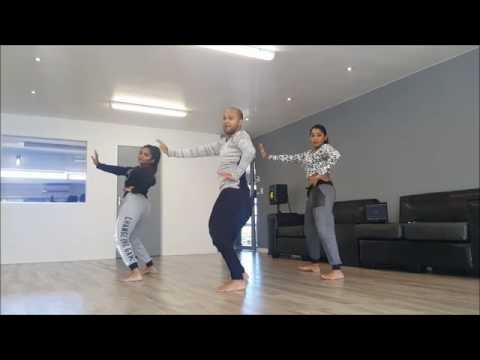 Raees movie dance (laila main laila)