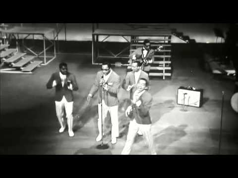 Smokey Robinson & The miracles live - You really got a hold on me