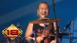 Pas Band - Kesepian Kita  (Live Konser Bandung 9 Mei 2015)