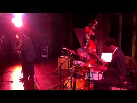 Mark Elf Trio LIVE NOW @Jazz88 #Jazz Live SD