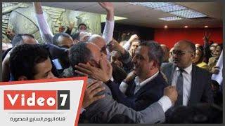 بالفيديو..قلاش مهنئًا عبد المحسن سلامة: تحت أمر نقيب الصحفيين والمجلس الجديد