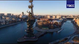 Первый в России плавучий экоцентр откроется в Москве в 2017(Городские власти планируют открыть в столице Музей Москвы-реки - плавучий экоцентр, а также Музей леса;..., 2016-04-13T11:32:28.000Z)
