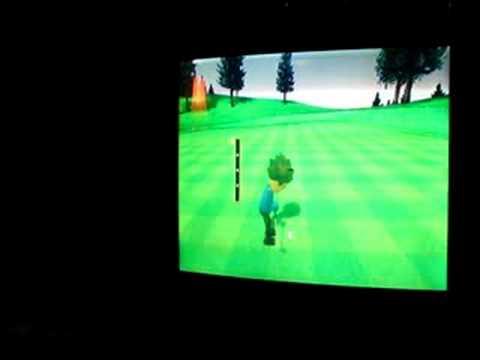 Kids play Wii golf