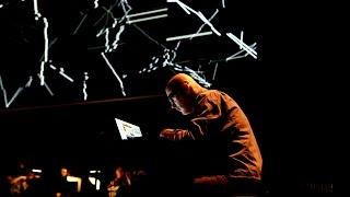 Herman Kolgen / Philip Glass, Link.C - Ensemble intercontemporain