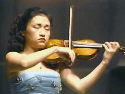 Kyung Wha Chung plays Brahms violin concerto (1985)
