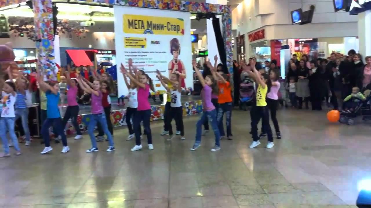 Флэшмоб школы танцев dance class youtube.