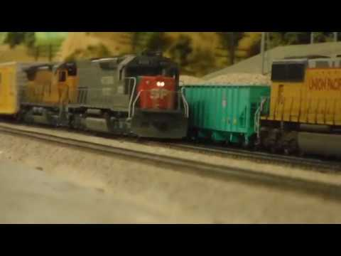 SP 9370 Leads Freight Train, Woodford, CA (LMMRRC)