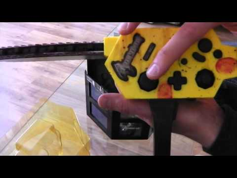 Unboxing the Resident Evil 4 Chainsaw (Gamecube)
