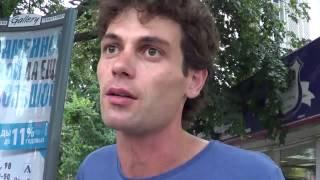 Давид Шторм (Картвелишвили) дарит сахарную вату и раскрывает секреты