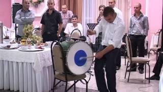 Slavic la nunta cu toba