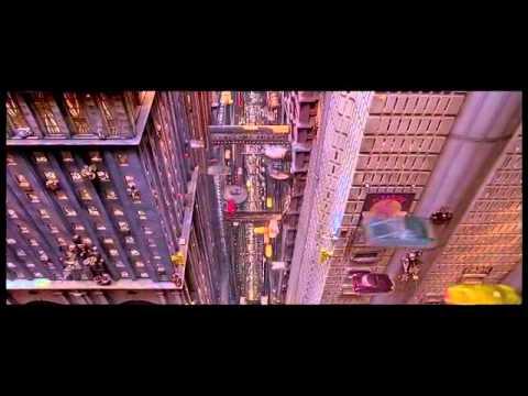 """""""The Fifth Element"""" escape scene"""