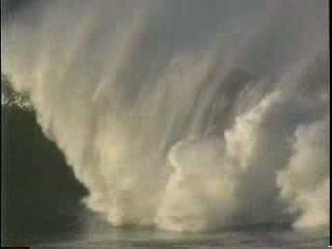 [SURF] Jay Moriarity - Insane Wipeout at Mavericks (1994 ... | 480 x 360 jpeg 7kB