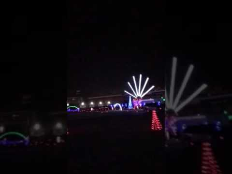 charlotte motor speedway christmas light display 2016