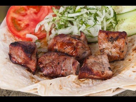Традиционный армянский шашлык из свинины. Секрет маринада!