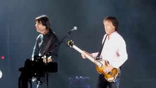 Baixar Paul McCartney - I Saw Her Standing There [Live at AAMI Park, Melbourne - 06-12-2017]