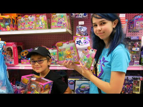 TOY SHOPPING HUNT | ANIMAL JAM, POKEMON, NERF & MORE | RADIOJH AUDREY