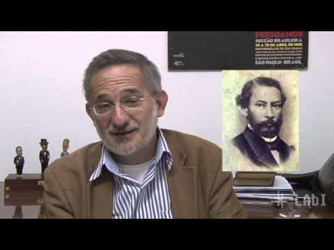 Professor da UFSCar descobre poema inédito de Machado de Assis